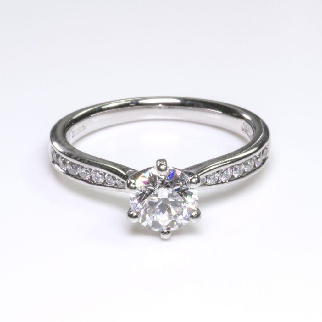 Hatton Garden Diamond Ring 2