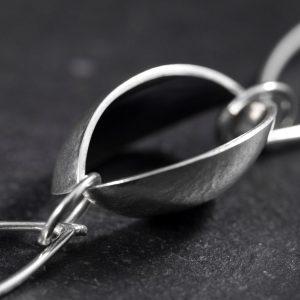 Grant Forsyth - Chain Detail