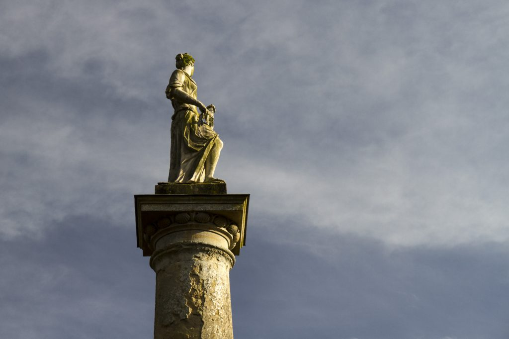 Stowe Landscape Gardens - A nice statue!