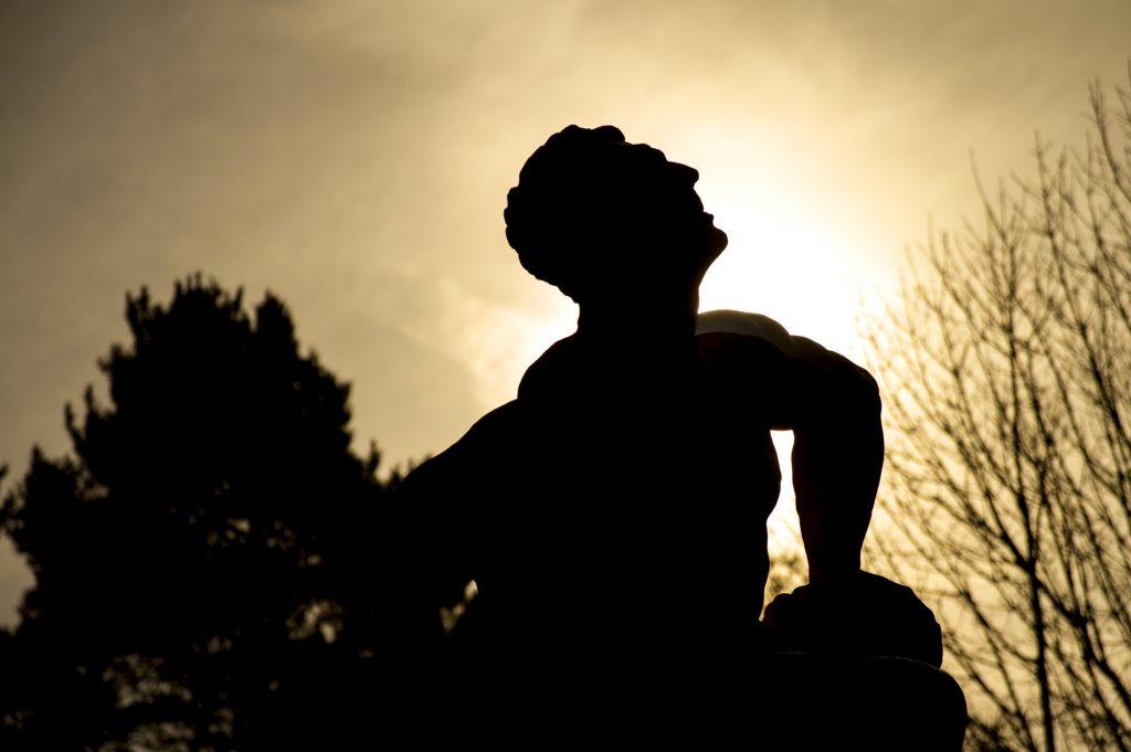 Stowe Landscape Gardens - Hercules and Antaeus wrestling